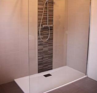 Ανακαίνιση μπάνιου στη Χαλάστρα Θεσσαλονίκης