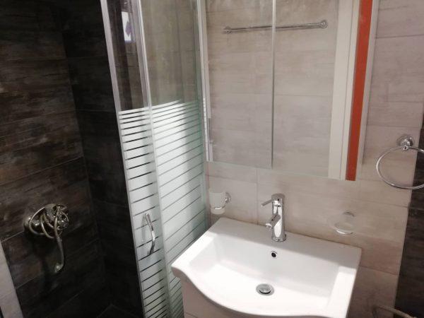 Ανακαίνιση μπάνιου στις Συκιές Θεσσαλονίκης